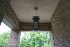 Gas-Lamp-Entrance