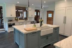 Kitchen-Sink-and-Breakfast-Bar-Area